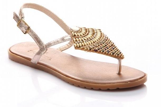 parmak arası yazlık ayakkabı