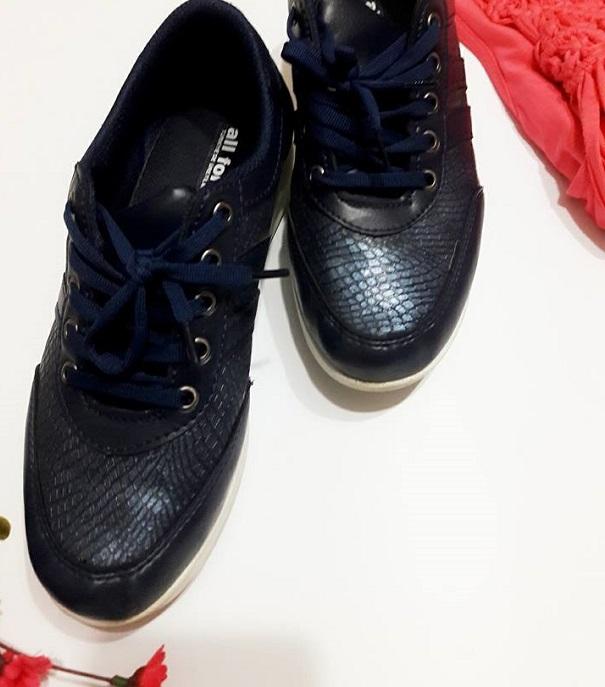 lacivert topuklu spor ayakkabı