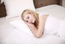 uyuyan kadın, uyku problemleri, sağlıklı uyku, uyku, yatak