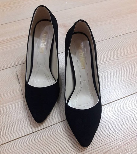 siyah topuklu ayakkabı, siyah stiletto, süet topuklu ayakkabı, uygun fiyatlı ayakkabılar.