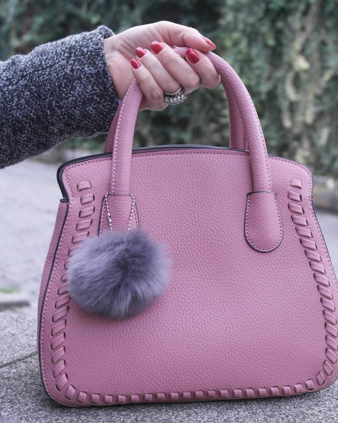 ponponlu pembe çanta, gamiss çanta modelleri, farklı çanta modelleri, ilginç çanta modelleri