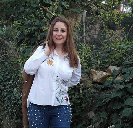 çiçekli beyaz büyük beden gömlek