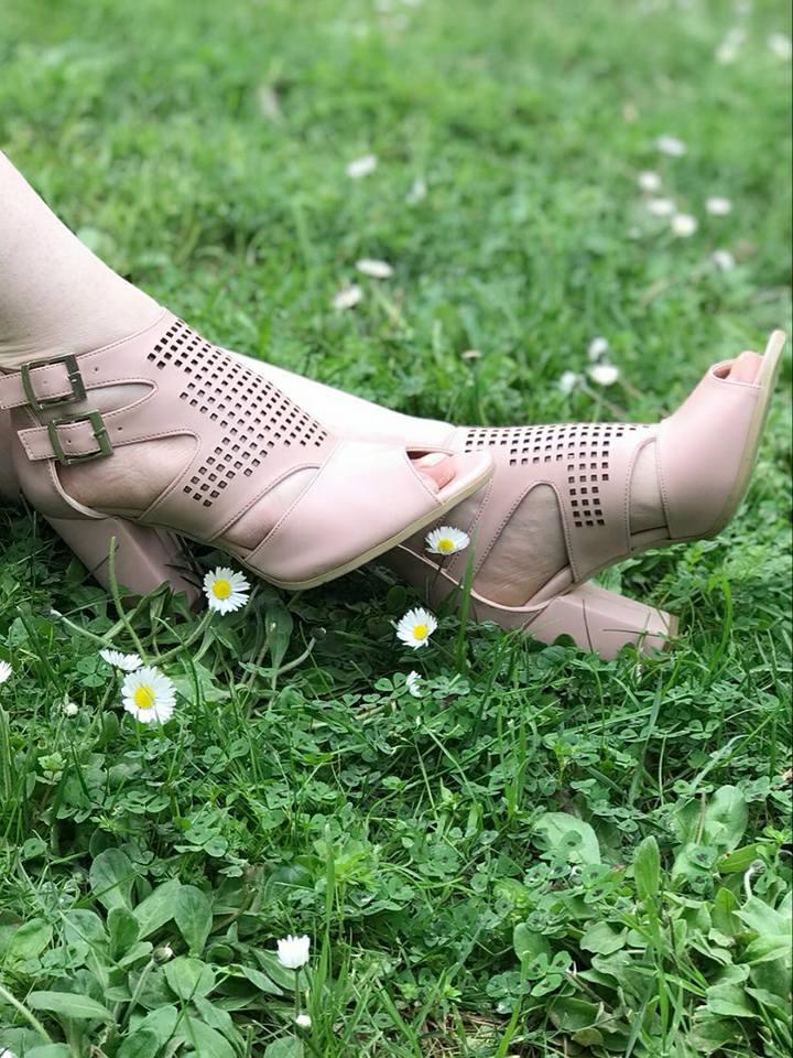 pudra yazlık ayakkabı