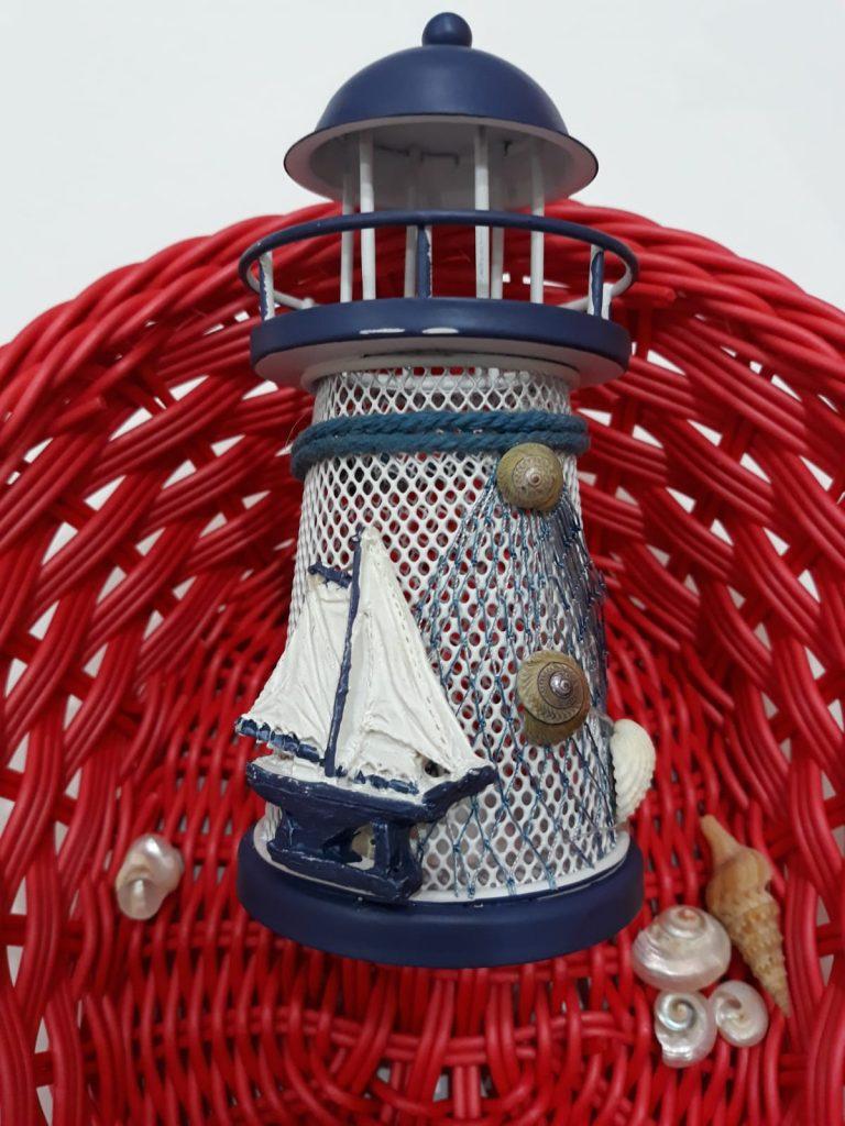 sepet içinde deniz feneri